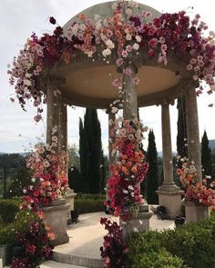 The ceremony is the most thrilling aspects of the celebration. You need the perfect wedding decor! We collected wedding ceremony decorations. Perfect Wedding, Dream Wedding, Wedding Day, Wedding Gazebo, Gazebo Wedding Decorations, Spring Wedding, Wedding Blog, Beautiful Wedding Venues, Wedding Reception