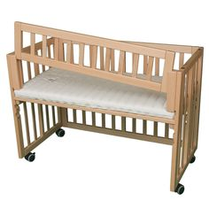 "A bassinet, bassinette, or cradle is a bed specifically for babies from birth to about four months, and small enough to provide a ""cocoon"" that small babies find comforting. Bedside Bassinet, Baby Bassinet, Baby Crib Diy, Baby Cribs, Baby Co, Mom And Baby, Baby Baby, Co Sleeper, Plafond Design"