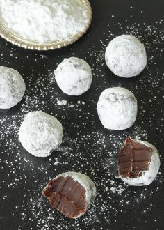 After Eight-tryffel Christmas Goodies, Christmas Baking, Christmas Time, Homemade Sweets, Homemade Candies, Fika, Dessert Recipes, Desserts, Food Inspiration