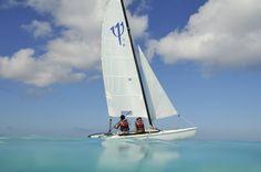 La voile fait partie des nombreuses activités proposées au Club Med Columbus Isle, Bahamas.