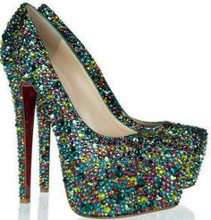christian louboutin last season Very Popular For Christmas Day,Very Beautiful for life.