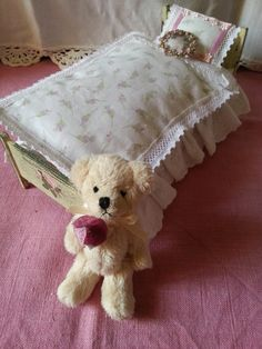 Mini bedding for romantic girl by LaboratoriodiManu on Etsy, €14.00