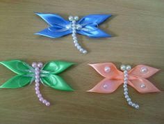 You will love this Kanzashi Dragonfly that is made using ribbon and beads. It's perfect for all your craft projects and we have included a video tutorial. Diy Ribbon, Ribbon Crafts, Bead Crafts, Paper Crafts, Fun Crafts For Kids, Easy Diy Crafts, Ribbon Projects, Craft Projects, Diy Flowers