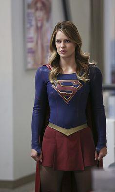 Melissa Benoist in Supergirl Supergirl Season, Supergirl Superman, Supergirl 2015, Supergirl And Flash, Chris Wood, Melissa Benoist, Melissa Supergirl, Kara Danvers Supergirl