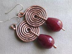 orecchini in rame con pietra dura e monachella in argento