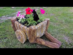 Из Пластикового Ящика И Цемента Своими Руками - YouTube Concrete Art, Concrete Garden, Concrete Design, Concrete Planters, Wooden Garden, Garden Yard Ideas, Garden Crafts, Garden Art, Cement Crafts