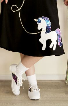 I know Halloween is just around the corner but you can sew up this costume in just a couple hours – there's plenty of time! I've put together the cutest little retro fifties poodle skirt-style outfit – but with an awesome new twist! This cute Fifties Unicorn skirt and matching little galaxy saddle shoes will …