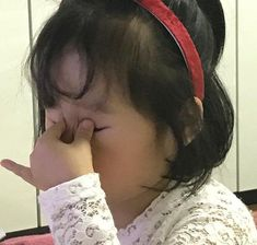 - My eyes feel hurt when some buffalo kids fall in love online: You are in the right place about kids - Memes Funny Faces, Stupid Memes, Funny Relatable Memes, Funny Baby Memes, Cartoon Memes, Funny Cats, Cute Asian Babies, Korean Babies, Cute Baby Meme