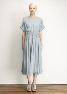 Black Crane Pleats Dress (Aqua)