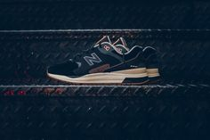 "New Balance SB ""Black"": The 1550 gets a black and orange makeover. New Balance Sneakers, New Balance Shoes, Running Fashion, Sneaker Boots, Clothes Horse, Sneakers Fashion, Men's Sneakers, White Sneakers, Men's Shoes"