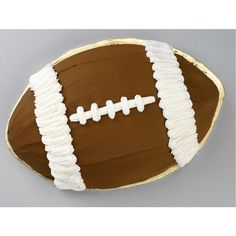 Football Cakes For Boys, Football Cake Toppers, Football Birthday Cake, 13 Birthday Cake, Football Stuff, 13th Birthday, Birthday Ideas, Birthday Parties, Teen Boy Cakes