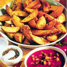 Fűszeres steak burgonya mártogatóssal Recept képpel - Mindmegette.hu - Receptek Halloumi Burger, Steak, Sweet Potato, Bacon, Potatoes, Vegetables, Food, Products, Potato