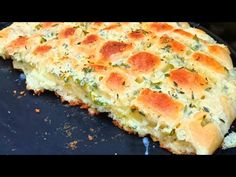 Česnekový chléb z mozzarelly - lahodný bez másla 👌🔝 - YouTube Crepes, Quiche, Breakfast, Youtube, Garlic Bread, Butter, Cheese Bread, Food, Recipes