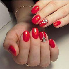 Роскошный красный от @katrin_nails_tomsk #ногти#маникюр#идеиманикюра#дизайнногтей#шеллак#гельлак#ногтевойсервис#самыелучшие#лучшиемастера#лучшиеидеи#толькоунас#nail#nails#shellac #gellac #naildesign #nailswag#nailart#nailsoftheday#beauty#manicure#designnails#look#ideim by ideim