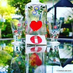 J T Stromberg (@arpa0nheitetty) • Instagram-kuvat ja -videot Voss Bottle, Water Bottle, Lassi, Pint Glass, Beer, Tableware, Vintage, Instagram, Design