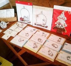 ◎贈りもの展 12/28(木)まで開催中  CHIKA wirecraftさん @chikawirecraft より  どうぶつカードなど、追加の作品が届きました♪ . オーナメント アクセサリー など  贈りものにもぴったりな 素敵な物語をいろいろあります🎁 . #CHIKAwirecraft #wirecraft #wirework #ornament #christmas #ワイヤークラフト #メッセージカード #どうぶつ #animal #贈りもの #プレゼント #ギフト #オーナメント #クリスマス #鎌倉 #御成通り #葉っぱ小屋