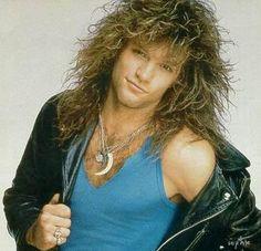 Love Bon Jovi - his music and his hair. Jon Bon Jovi, Bon Jovi 80s, Rock Roll, Hard Rock, Mtv, Gorgeous Men, Beautiful People, 80s Hair, Jesse James