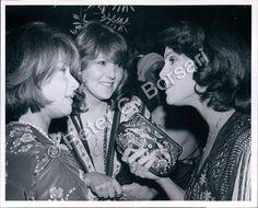 PB PHOTO abe-111 Valerie Harper Actress with Brenda Vaccaro, Lee Grant