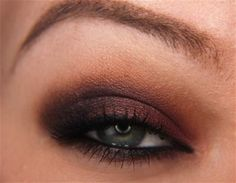 Step-By-Step: Cranberry Smoke with Makeup Geek Shadows
