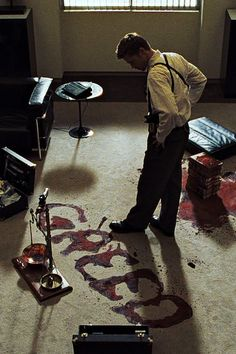 """Ladies and gentlemen, we have ourselves a homicide."" Se7en (1995)"
