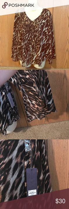 NWT Jennifer Lopez cheetah print flowy blouse!! Jennifer Lopez cheetah print flowy blouse!! Jennifer Lopez Tops Blouses