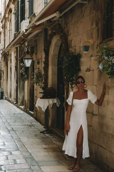 croatia, slovenia, and montenegro style guide, travel guide, what to pack for croatia Trend Fashion, Look Fashion, Womens Fashion, Fashion Lookbook, Korean Fashion, Fashion Guide, Fashion Fashion, Fashion Ideas, Summer Fashion Trends