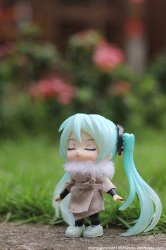 """Nendoroid Miku Append in Autumn"" Hatsune Miku figure photo by Sheng Gonzales"