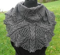 Blog post is in French but there is a link to English version of free pattern