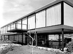 Casa Bravo Ahuja, calle del Fuego 830, Jardines del Pedregal, México DF 1960    Arq. Reinaldo Pérez Rayón    Foto. archivo de Reinaldo Pérez Rayón