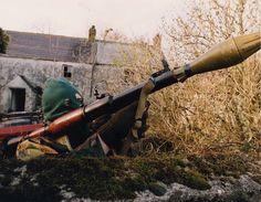 "kalashnikovism: "" A Volunteer of the Irish Republican Army armed with an rocket-launcher, British Occupied North of Ireland, 1994 "" Northern Ireland Troubles, Belfast Northern Ireland, Irish Independence, Irish Republican Army, Northern Island, The Ira, War Photography, Irish Eyes, Fighting Irish"