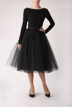 GEN LOOK IT'S A TUTU- Black tutu tulle skirt, petticoat long, high quality tutu skirts. €120.00, via Etsy.