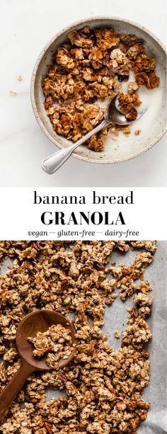 Easy, Healthy Banana Bread Granola, Good healthy recipe Healthy Banana Recipes, Banana Bread Recipes, Easy Banana Bread, Yogurt Recipes, Keto Recipes, Healthy Snacks, Easy Granola Recipe, Healthy Homemade Granola, Banana Granola