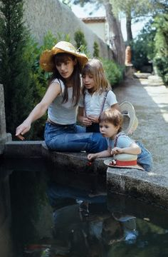 Jane Birkin and kids