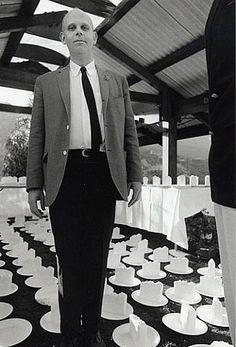Claes Oldenburg (Portrait with Cake Slices), 1965 © Dennis Hopper