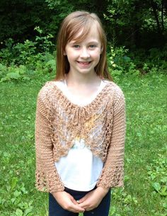 This pattern is great for an intermediate crocheter; a try-on-as-you-go piece with seamless construction and a easy drawstring that cinches up