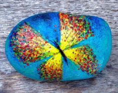 Floral Art / Hand painted rocks Hand painted by PetraMarGallery
