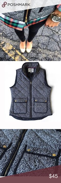 Cambridge Dry Goods Herringbone Vest Sz M Cambridge Dry Goods Herringbone Vest Sz M    Excellent pre-owned condition   Watermark photos are of the actual item you will receive   * Down-filled poly. * Hits at hip. * Standing collar. * Zip closure. * Patch pockets with snap closure. * Machine wash. Cambridge Dry Company Jackets & Coats Vests