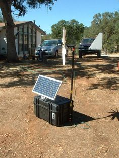7 Homemade Power Generators For Powering Up Small Appliances And Powering Tools. How would you like to have a homemade generator that costs you almost nothing to build? Harnessing t Solar Energy Panels, Best Solar Panels, Camping, Solaire Diy, Kangoo Camper, Homemade Generator, Solar Generator Diy, Solar Projects, Solar Panel Installation