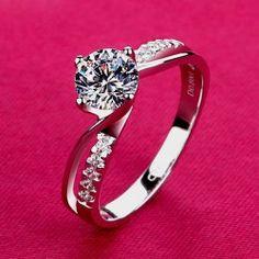 Charming Unique Design Round Engagement Ring For Women