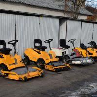 Többféle méretben,törzscsuklós kivitelben is. Racing, Tractor, Running, Auto Racing
