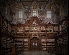 Girolamini Library - http://www.markmitchellpaintings.com/blog/wp-content/uploads/2013/05/Girolamini-library.jpg