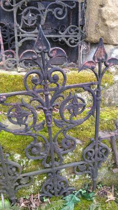 bagafarna-foto: Grobowiec rodziny Łaszczów na cmentarzu parafialnym w Gorlicach