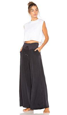 Mia Pant in Black