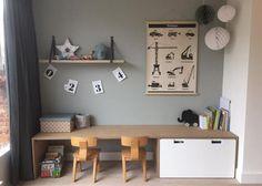 Zelf speelhoek maken DIY The pin is Zimmer Svenja. Please enjoy ! Home Decor Bedroom, Decor Room, Kids Bedroom, Bedroom Ideas, Room Kids, Baby Bedroom, Desk For Kids Room, Kids Desk Space, Ikea Kids Desk