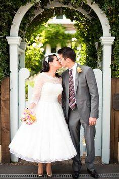 A Candy Anthony 50's Wedding Dress for a DIY, Colour-Fest Wedding... - Love My Dress UK Wedding Blog