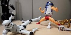 Imaginative Series Turns R2D2 Of 'Star Wars' Into A Butt-Kicking Action Star - DesignTAXI.com