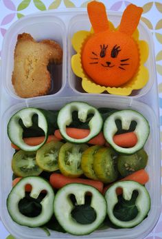 Bentoriffic's bunny rabbit salad Easter bento lunch in @Kelly Lester / EasyLunchboxes