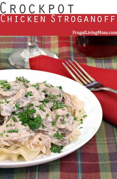 MM.. this is so good and easy! Super Easy Slow Cooker Chicken Stroganoff. #slowcooker #easydinner #chicken