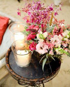 #decoracaodecasamento linda #acervostoantonio no blog Vestida de Noiva @fernandafloret ⭐️ vai lá conferir todas as fotos lindas…