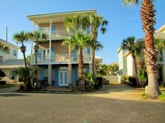 This is it! The Vacation Rental in Destin Florida we'll be at in April!